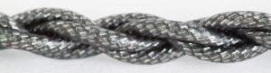 Das aufwändig gekordelte Kabel macht einen hochwertigen und robusten Eindruck.