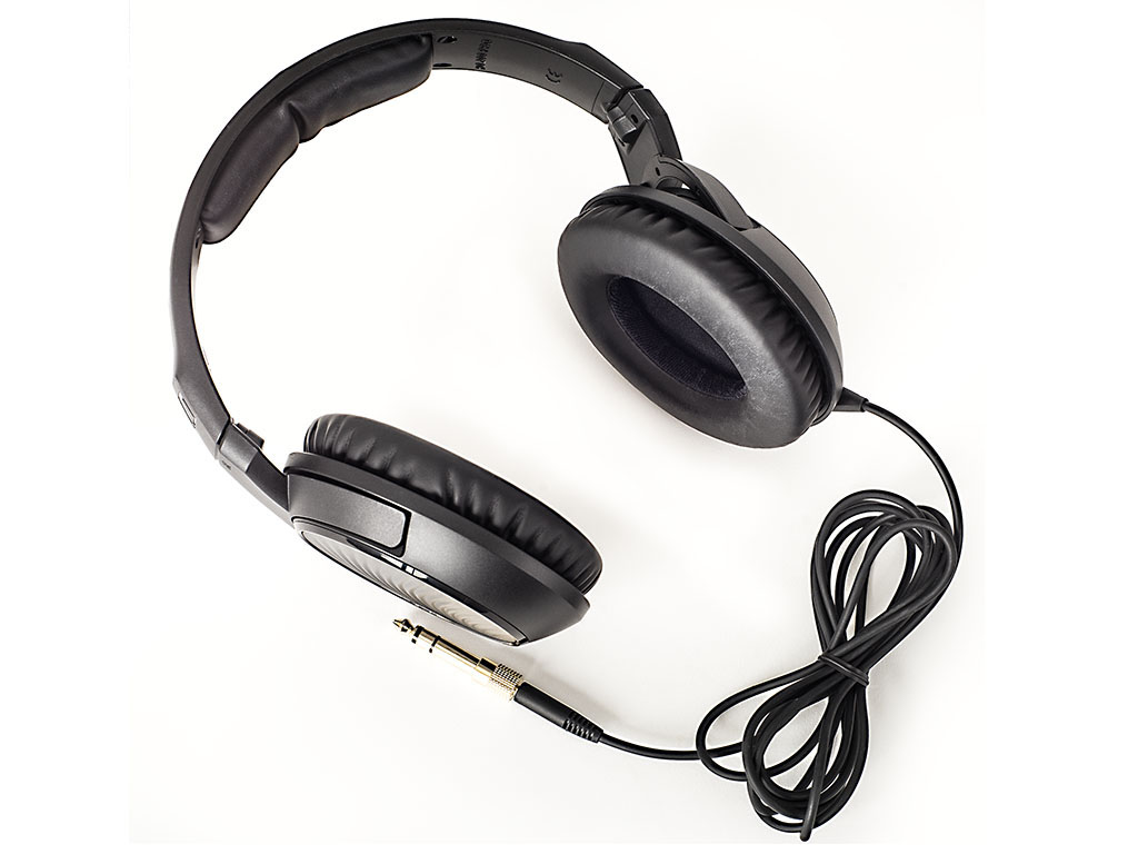 sennheiser hd200 pro over ear kopfh rer test. Black Bedroom Furniture Sets. Home Design Ideas