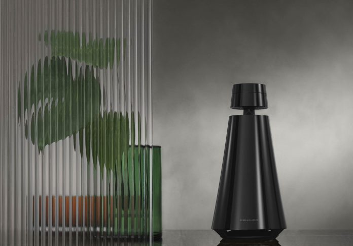 BeoSound 1 Limited Edition in Piano Black