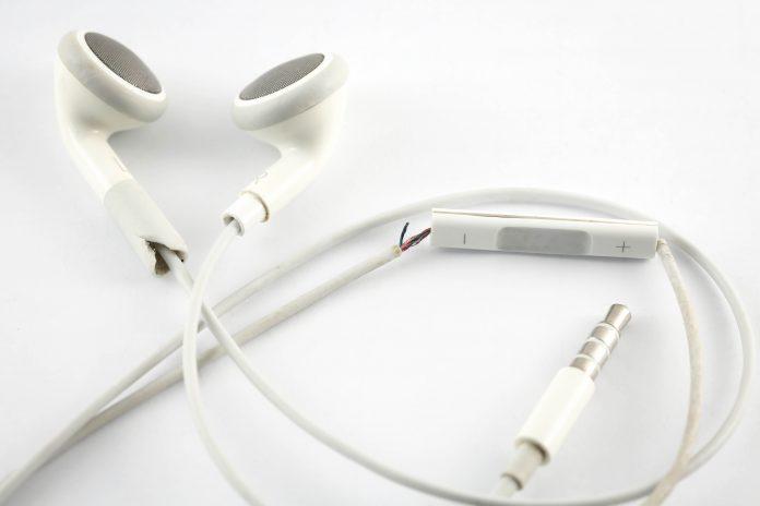 Kabelbruch am Kopfhörer