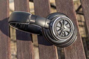 1More Triple Dirver H1707 Over-Ear