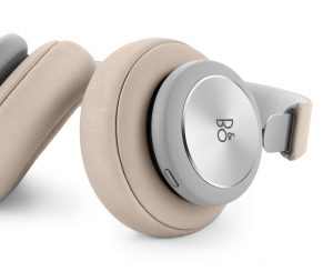 Bang & Olufsen Beoplay H4 2nd Gen Limestone Google Assistant Button