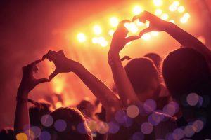 K-Pop Fans Heart