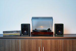 Mackie CR-X_Vinyl_Setup_1500x1000
