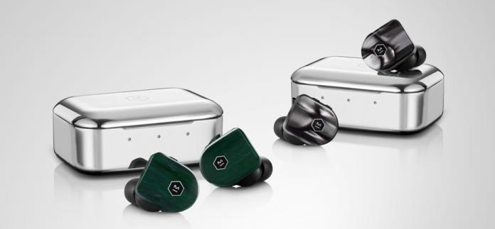 Master & Dynamic MW07 PLUS True Wireless Earphones Jade Green und Black Pearl