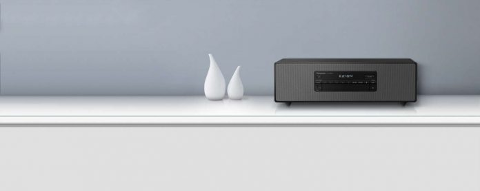 Micro-HiFi-System Panasonic SC-DM504 Lifestyle