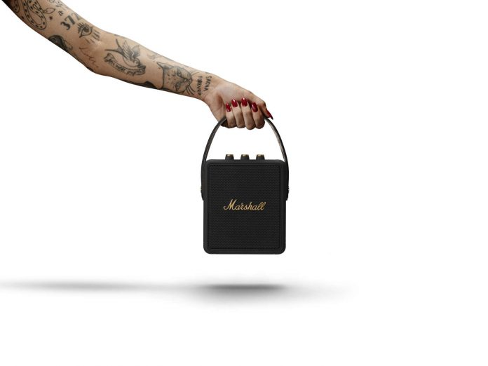 Marshall portable_stockwell II_black-and-brass_0386_arm1_transparent-High-respng5000pxwidth_1500x1125