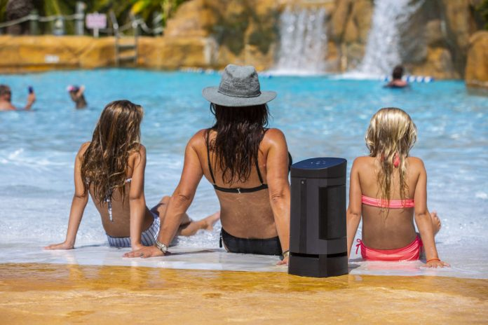 Soundcast VG5 at the pool_1500x1000