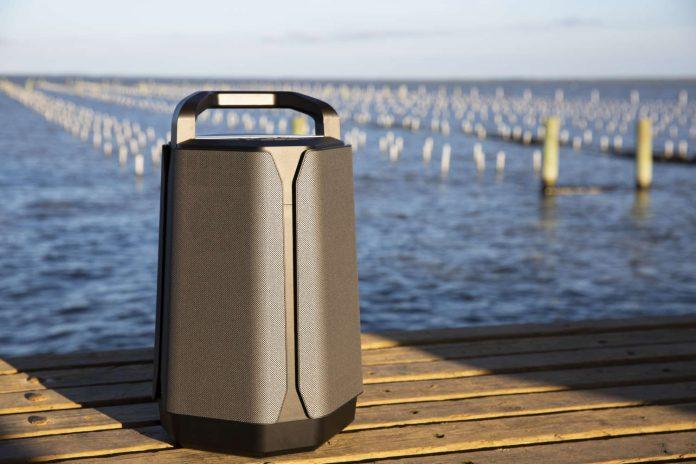 Soundcast VG7 pier_1500x1000