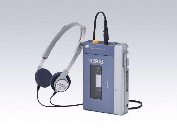 50 Jahre Sony Deutschland Walkman 1979_07_TPSL2_Walkman_von_Sony_1500x1125