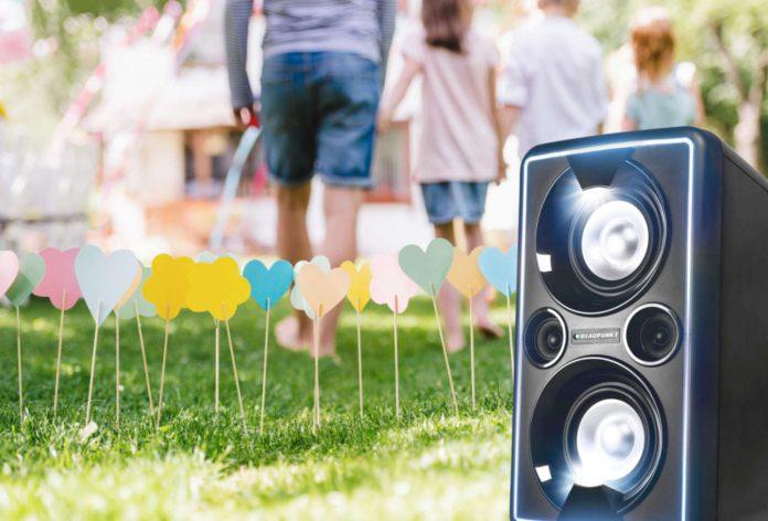 Blaupunkt Party-Speaker PS 2000 outdoor-Light-weiß-1030x699_1500x1017