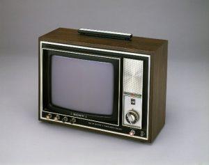 Sony 1972_Triniton-PAL-Farbfernseher_von_Sony