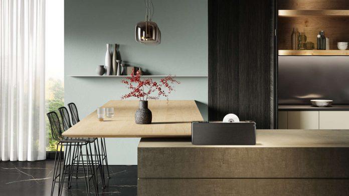 Loewe s3_lifestyle1_horizontal_1500x843