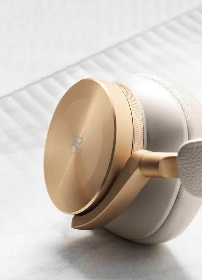 Bang & Olufsen Beoplay H95_Grey Mist_Gold_800€_2_1082x1500