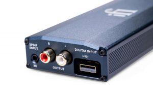 iFi Micro iDSD Signature (3)_1500x997