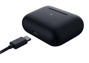 Razer Hammerhead True Wireless Pro [2020] USB-C Charging_1500x1125